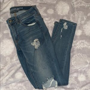 American Eagle Out Fitters Skinny Jeans